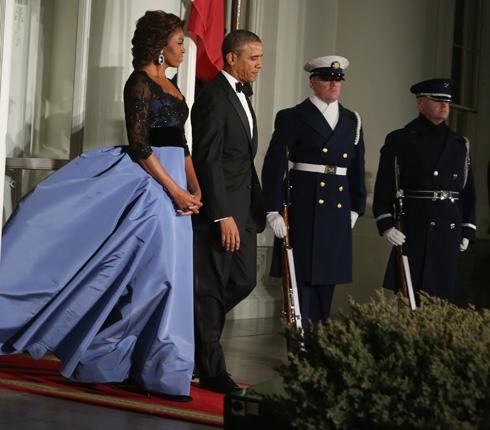 אופנתית, משפיעה ועל זמנית. בשמלה של קרולינה הררה (צילום: Gettyimages)