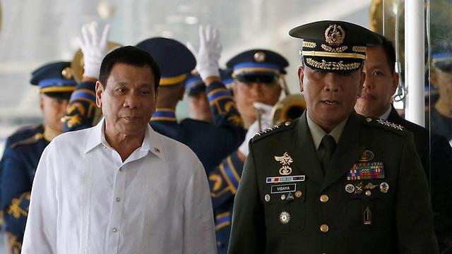 רוצה לפנות את הכוחות האמריקניים מארצו תוך שנתיים. נשיא הפיליפינים רודריגו דוטרטה (צילום: רויטרס)