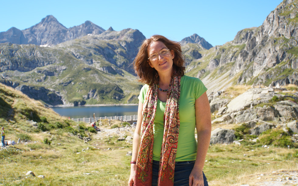 """שלומית יפת-ביאליק בספרד, 2016. """"לא משנה כמה פעמים אני נוסעת, אני תמיד מתלהבת. אני במיטבי כשאני בטיול"""" (צילום: מתוך האלבום הפרטי)"""
