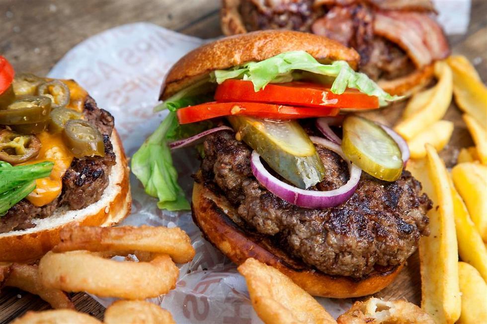 An Agadir burger (Photo: Tamuz Rahman)