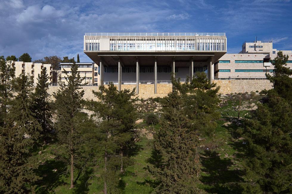 המשרד הצעיר וינשטיין-ועדיה מועמד על ''בית הילד'', בית החולים הממוגן לילדים בצפת. לחצו על התצלום לפרויקט המלא (צילום: עמית גרון)