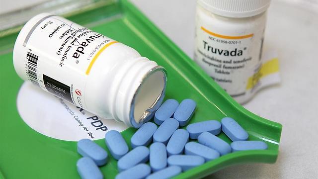 Препарат для профилактики ВИЧ - трувада