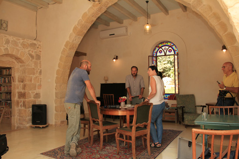 התוצאה היא מרכז קהילתי שבו מתקיימים, בין היתר, גם מפגשים מוזיקליים (צילום: מועצה לשימור אתרי מורשת בישראל, נטע רוזנבלט)