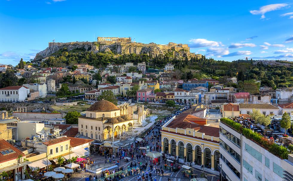במקום סלט בפיתה סלט באתונה (צילום: shutterstock) (צילום: shutterstock)