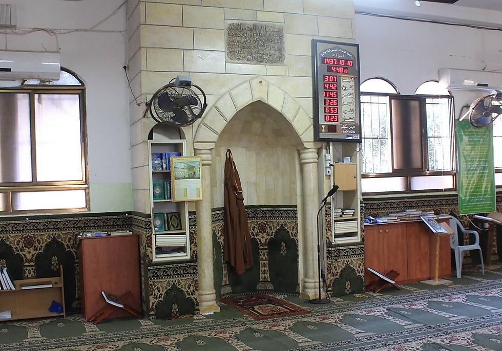 Inscription linking al-Aqsa mosque to the Jerusalem Temple (Photo: Assaf Avraham)