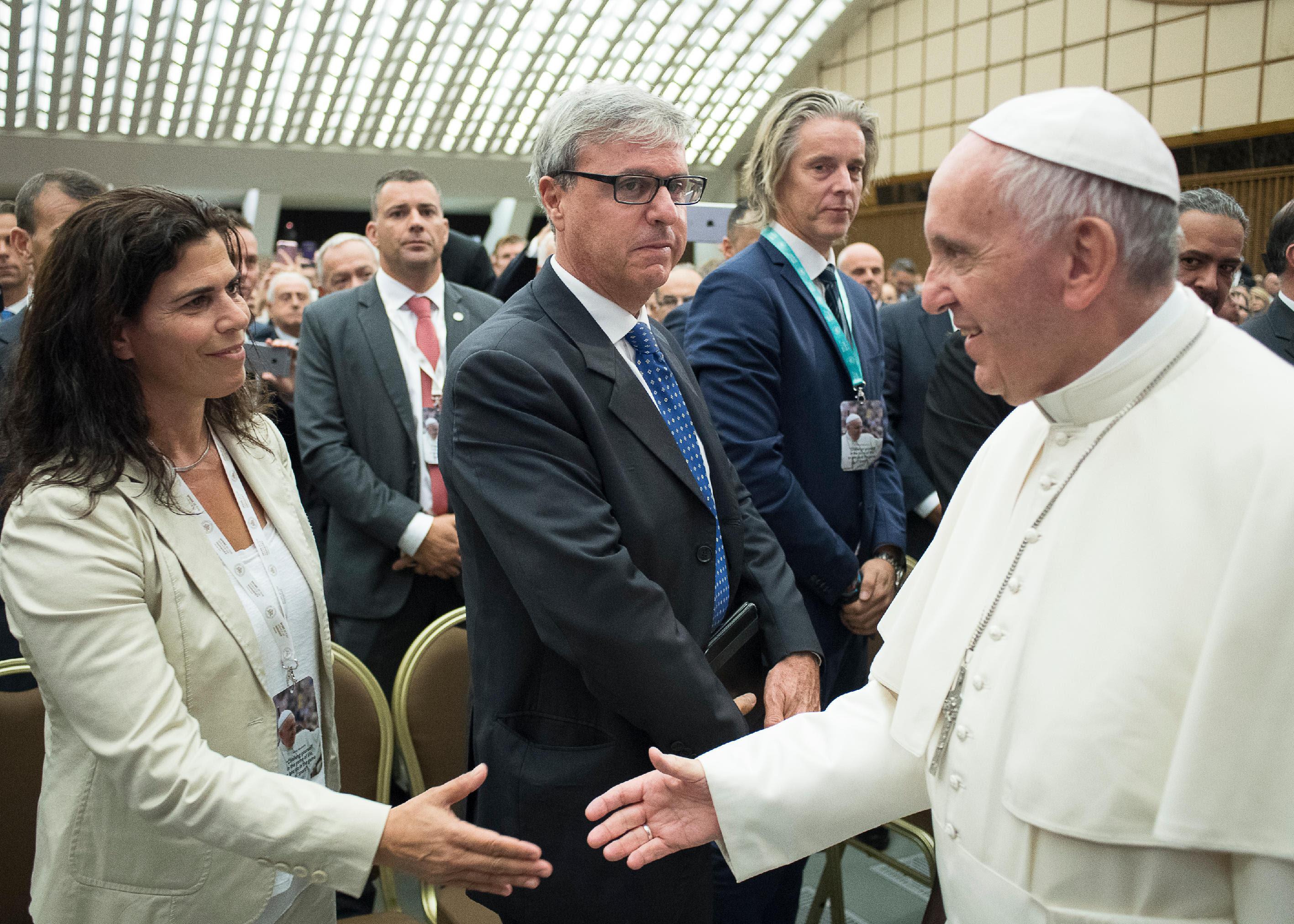 יעל ארד בפגישתה עם האפיפיור ()