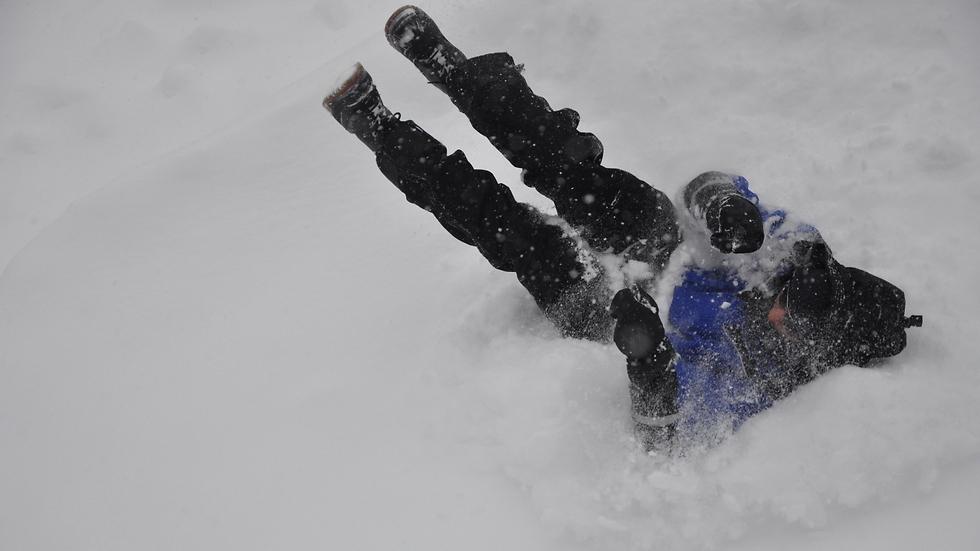 להרגיש שוב כמו ילד ולהתגלגל בשלג.  (צילום: שפק) (צילום: שפק)