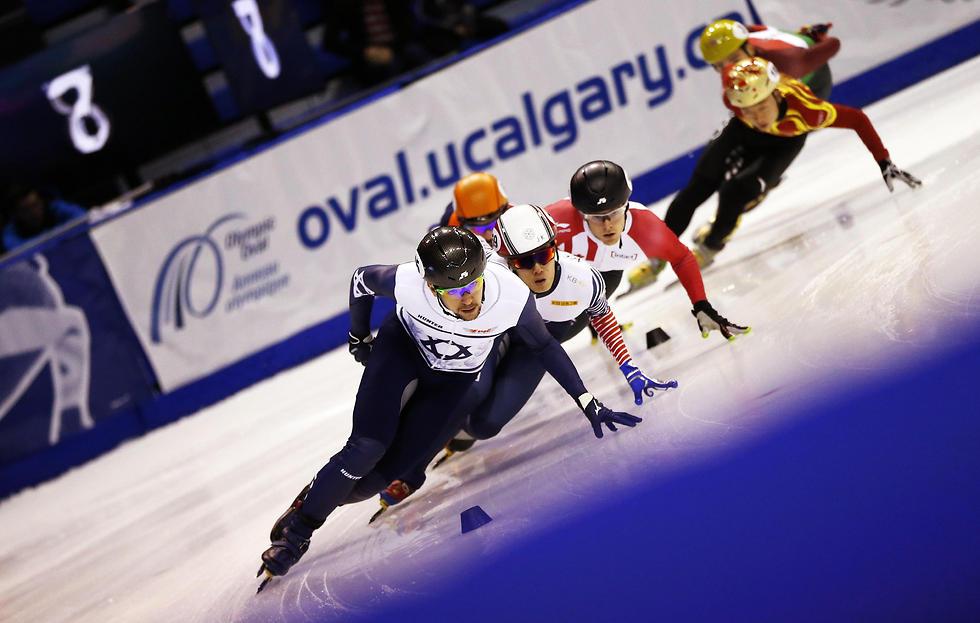 ולדיסלב ביקנוב  (צילום: AFP) (צילום: AFP)