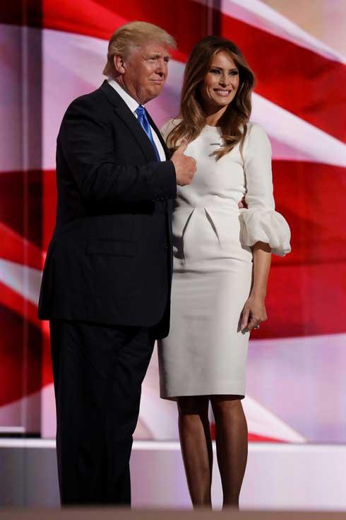 השמלה הפכה לסולד-אאוט תוך שעות ספורות. בוועידה הרפובליקנית (צילום: Gettyimages)