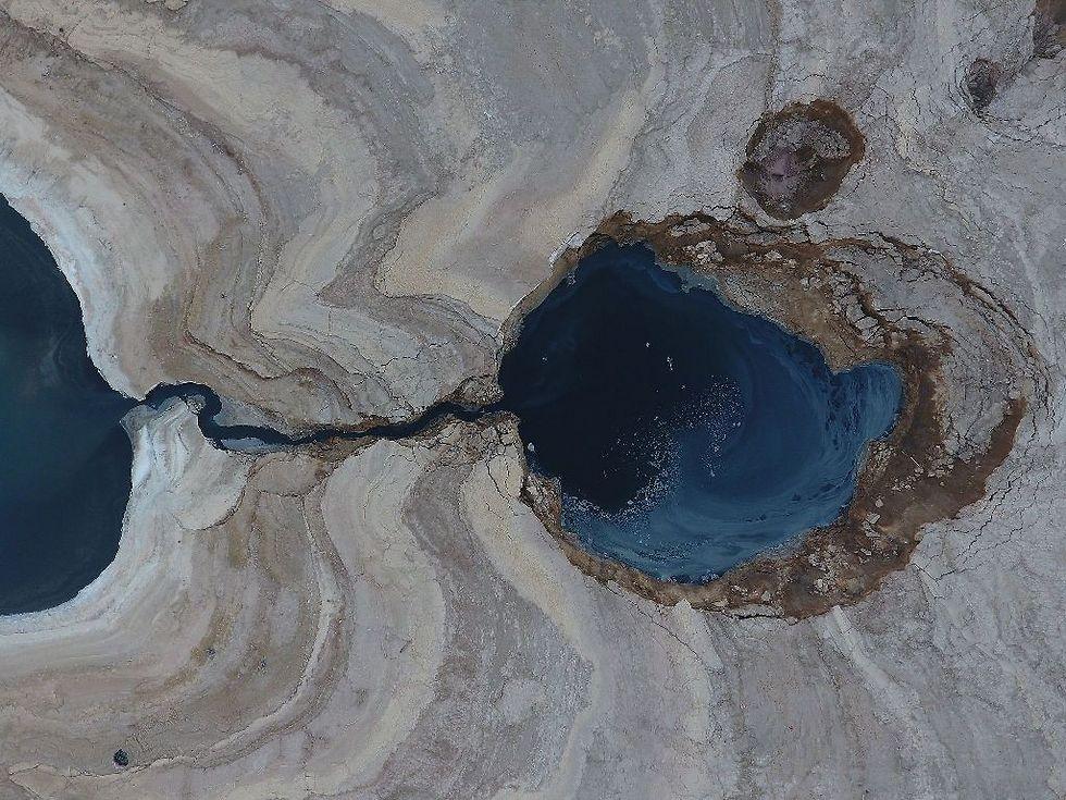 בולען בים המלח. מקום ראשון בצילום מרחפנים (צילום: שומרון שבות)