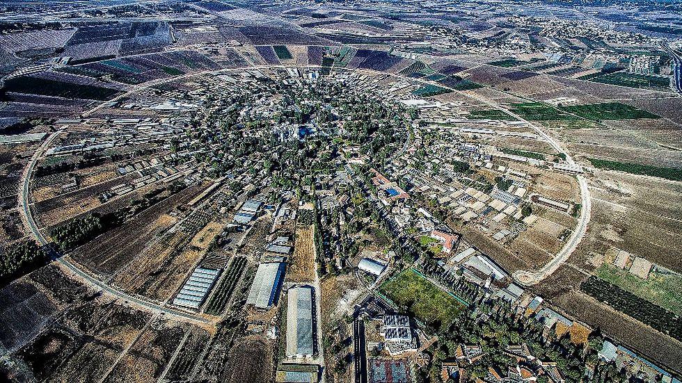 נהלל. מקום שני (צילום: זאב שטיין)