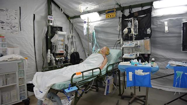 """כך נראה בית חולים שדה של צה""""ל (צילום: דובר צה""""ל)"""