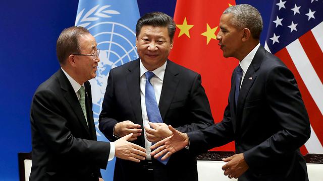 """טראמפ יצטרך להכיר בחשיבות הביטחונית והכלכלית של אסיה לאינטרסים האמריקניים. ברק אובמה, נשיא סין שי ג'ינפינג ומזכ""""ל האו""""ם באן קי מון (צילום: רויטרס)"""