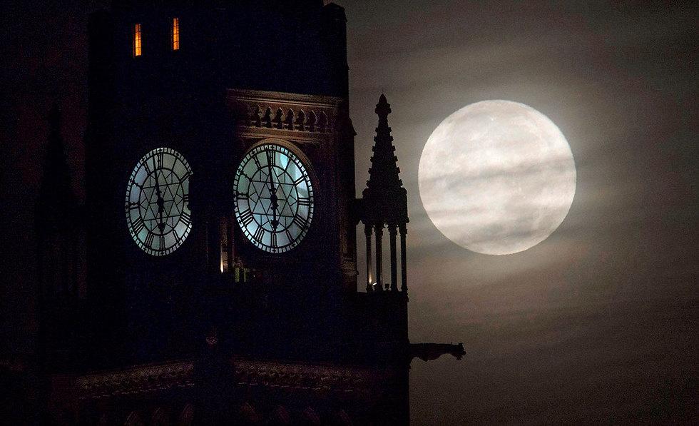 לונדון בלילה שעבר (צילום: AP)