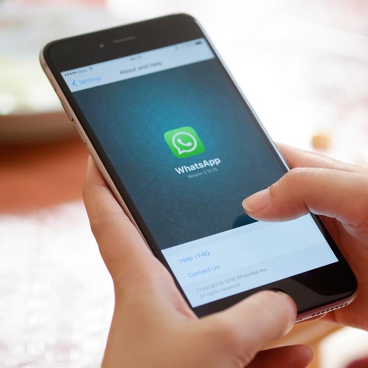 מסרים מיידיים וטלפוניה על בסיס אינטרנט