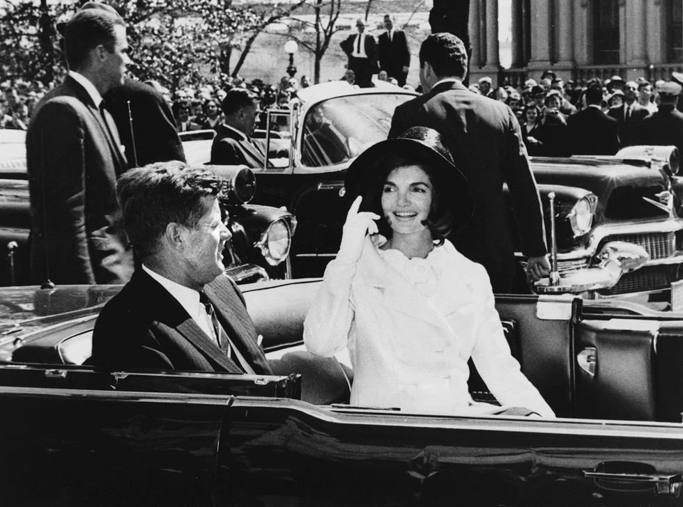 שיק מכף רגל ועד ראש. הזוג קנדי, 1962 (צילום: Gettyimages)