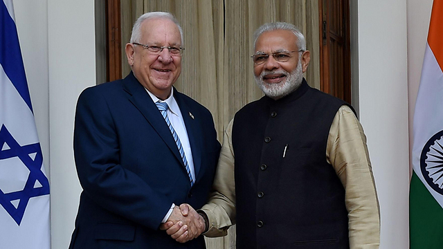 President Rivlin and Prime Minister Modi (Photo: AFP) ((Photo: AFP))