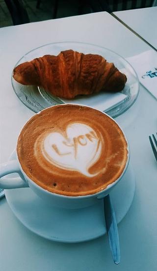 שלושה סניפים באשדוד, Lyon (צילום: קפה lyon)