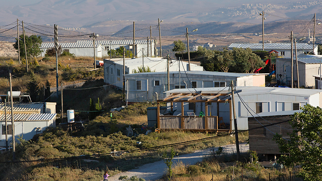 Illegal outpost of Amona. The radical right wants to adopt the regulation idea and reject the principle it is based on (Photo: AP)