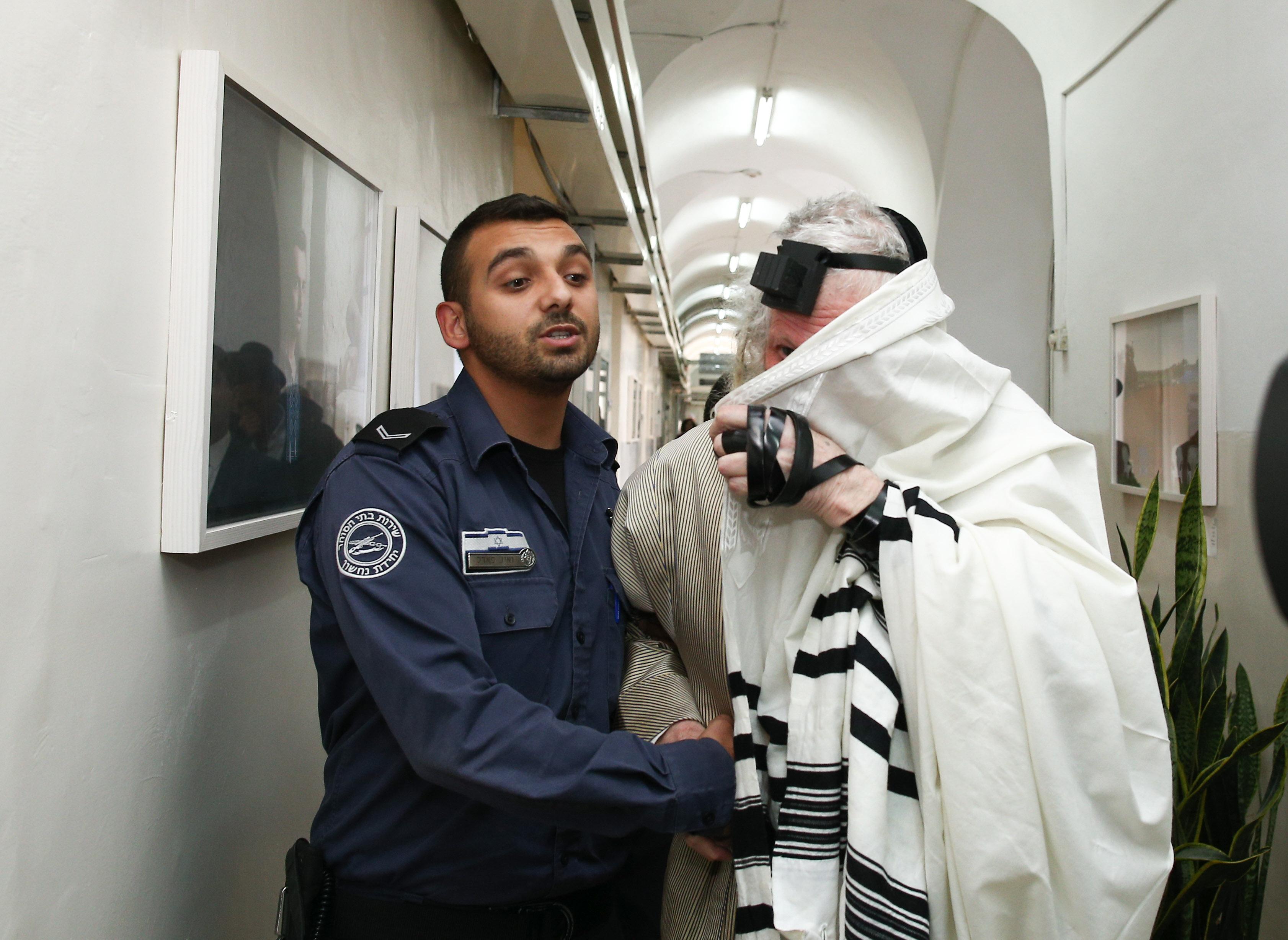 Раввин Берланд в мировом суде в Иерусалиме. Фото: Охад Цвайгенберг