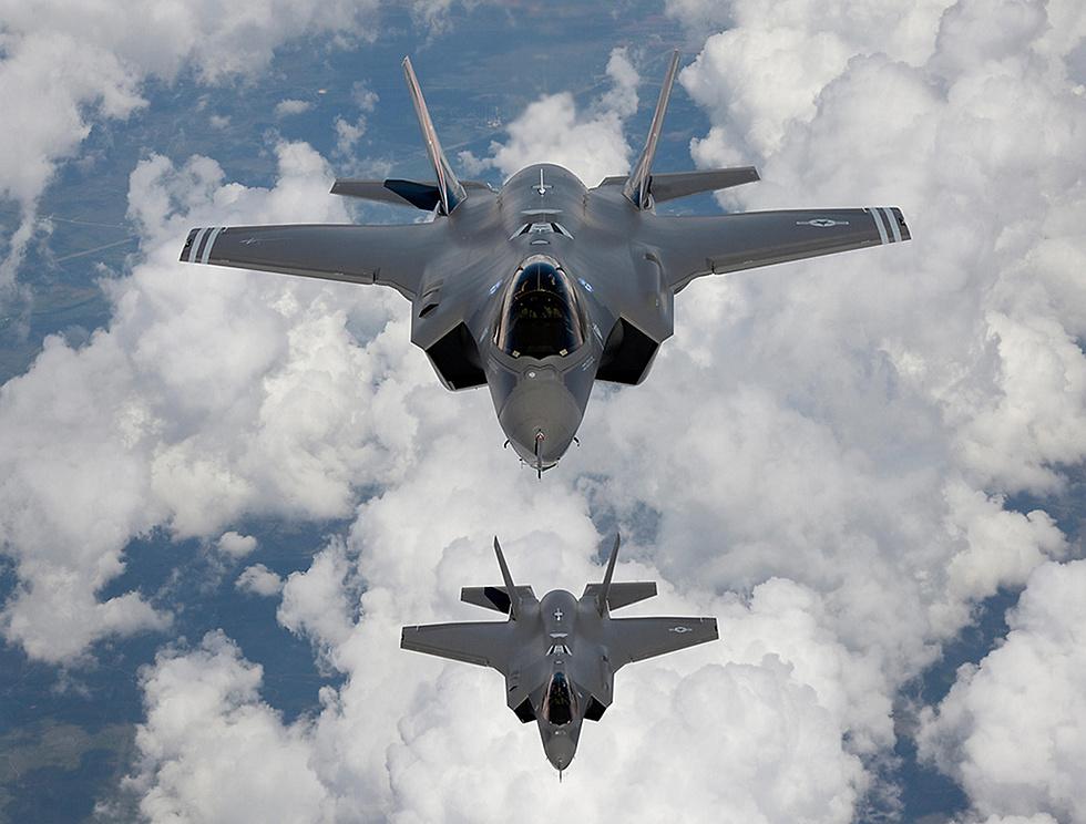 F-35s (Photo: MCT)