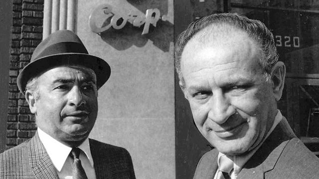 לאונרד (מימין) ופיל צ'ס. ברית מקופחים (צילום: AP / Chicago Sun-Times)