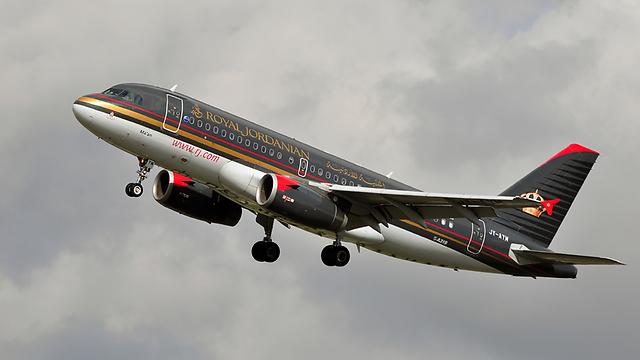 מטוס של רויאל ג'ורדניאן. ברשימת המדינות: ירדן וסעודיה (צילום: shutterstock)