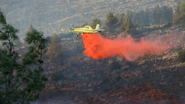 An Israeli fire plane (Photo: TPS)