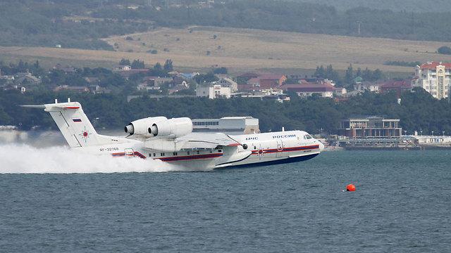 מטוס רוסי אמפיבי (צילום: shutterstock) (צילום: shutterstock)