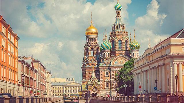 בעקבות המונדיאל האחרון: סנט פטרבורג ()