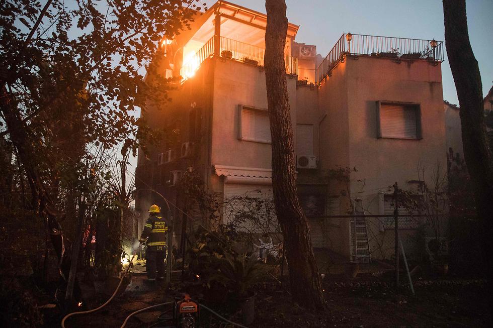 חיפה בערה (צילום: AFP) (צילום: AFP)