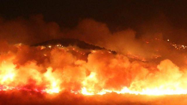 אש גדולה בין נחף לסאג'ור (צילום: תומר בדש) (צילום: תומר בדש)