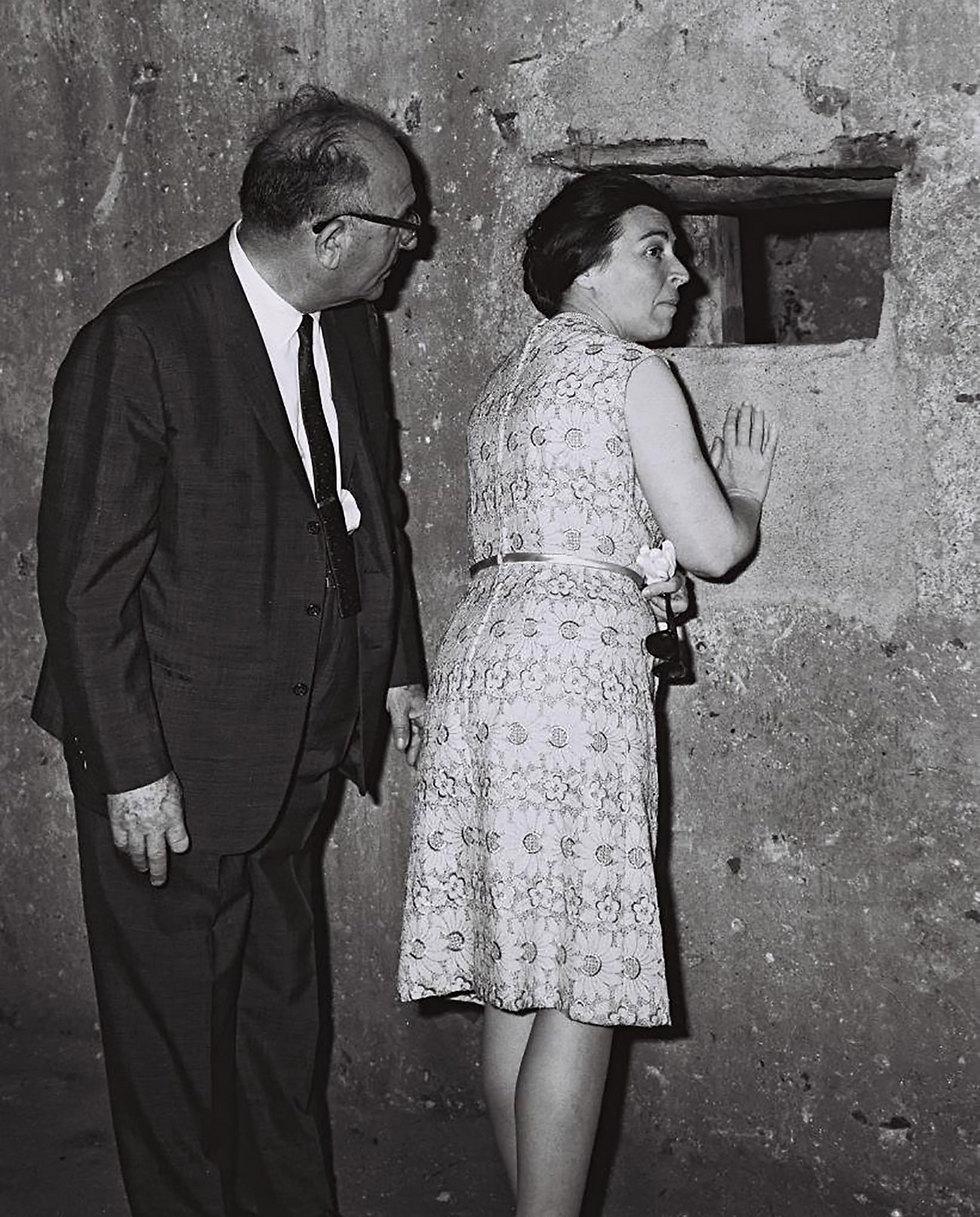 """הזוג אשכול בביקור באפריקה (צילום: משה פרידן, לע""""מ) (צילום: משה פרידן, לע"""