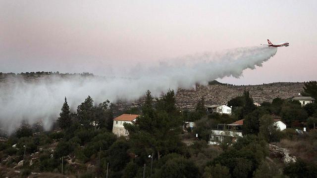 הסופרטנקר, אתמול בהרי ירושלים (צילום: AFP) (צילום: AFP)