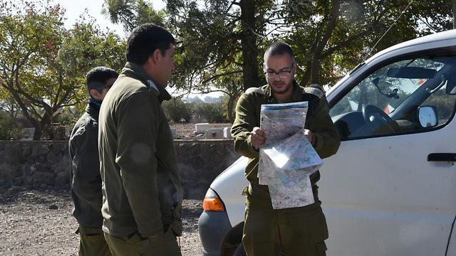 IDF soldiers near the Golan border following the shooting incident (Poto: Avihu Shapira)