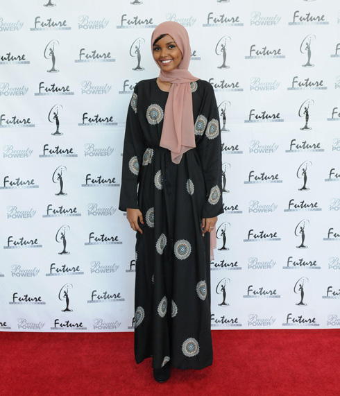 """""""אני רוצה לתת לאנשים פרספקטיבה שונה על נשים מוסלמיות, ולעצור את הסטריאוטיפים המוטעים"""" (צילום: רויטרס)"""