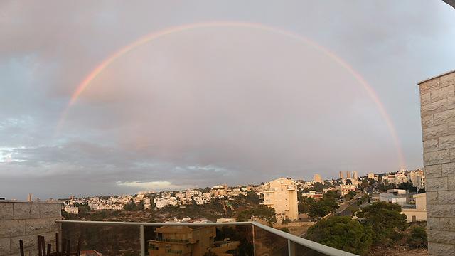 Rainbow over Haifa (Photo: Guy Avraham)