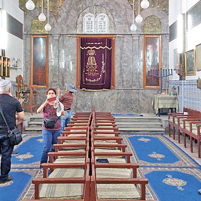 בית הכנסת. כבר 500 שנה מתפללים בו כל יום   צילום: גילה כהן