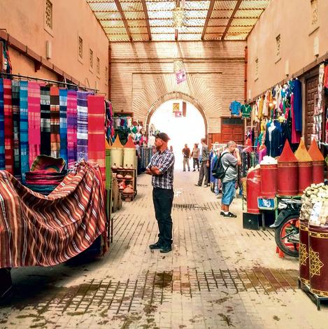 השוק במרקש. יפרח גר מעליו ומסתובב בו כל יום | צילום: גילה כהן