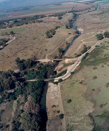 האתר הפרהיסטורי גשר בנות יעקב (צילום: אריק בלטינשטר)