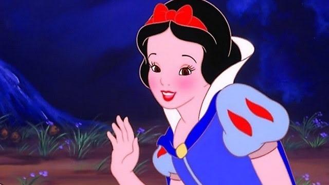 שלגייה. התנסתה בעבודות בית בעיקר (© Disney) (© Disney)