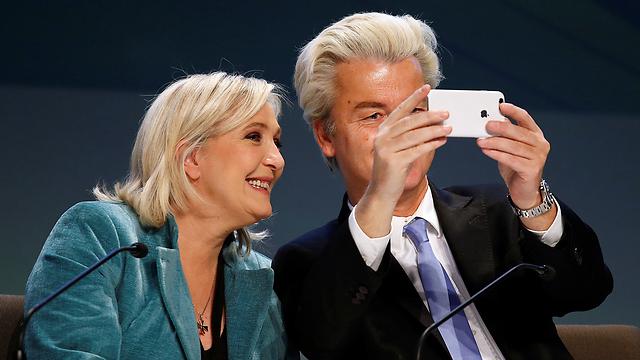 הבאה בתור? וילדרס עם מנהיגת הימין הקיצוני בצרפת מרין לה פן (צילום: רויטרס)