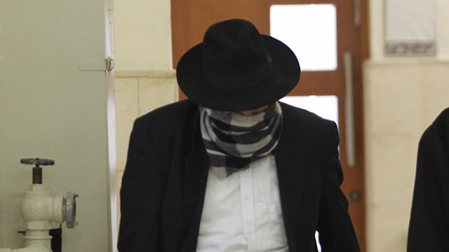אהרון ליסון בבית המשפט (צילום: גיל יוחנן) (צילום: גיל יוחנן)