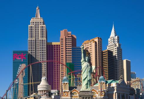 מקור השראה 2: הגושים הפרועים של מלון ''ניו יורק ניו יורק'' בלאס וגאס (צילום: rex/asap creative)