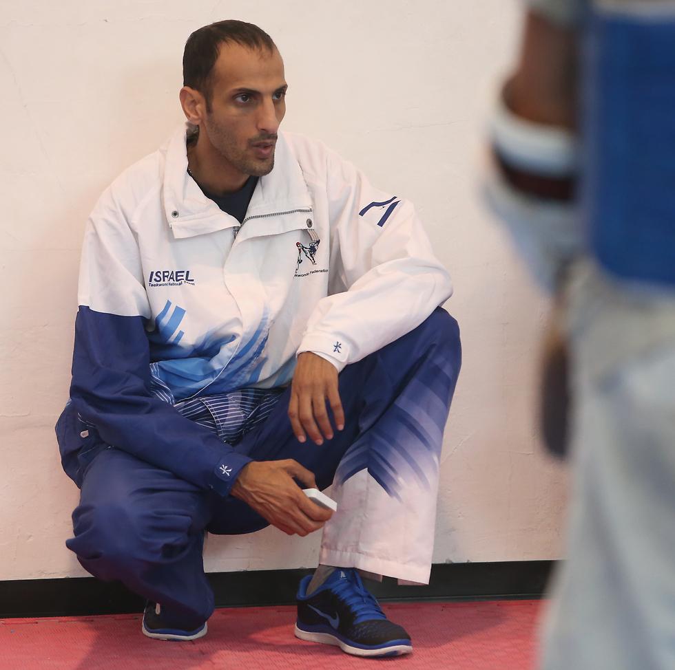 """""""אסף ברמה הפיזית והמנטלית הגבוהה ביותר"""". המאמן יחיעם שרעבי (צילום: אורן אהרוני) (צילום: אורן אהרוני)"""