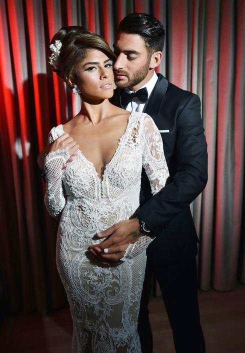 בחרה באזרד ליום חתונתה: עדי ואלירן עטר (צילום: יניב סופר)