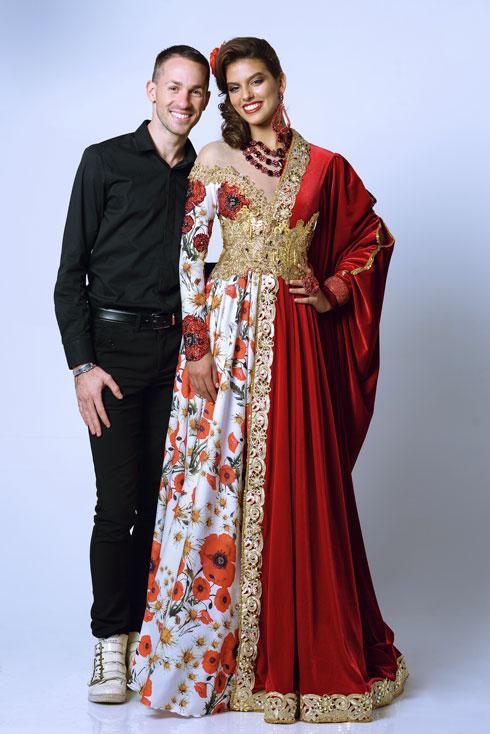 נרגש לייצג את ישראל. אביעד אריק הרמן ומלכת היופי קארין עליה בשמלה הלאומית (צילום: ערן לוי)