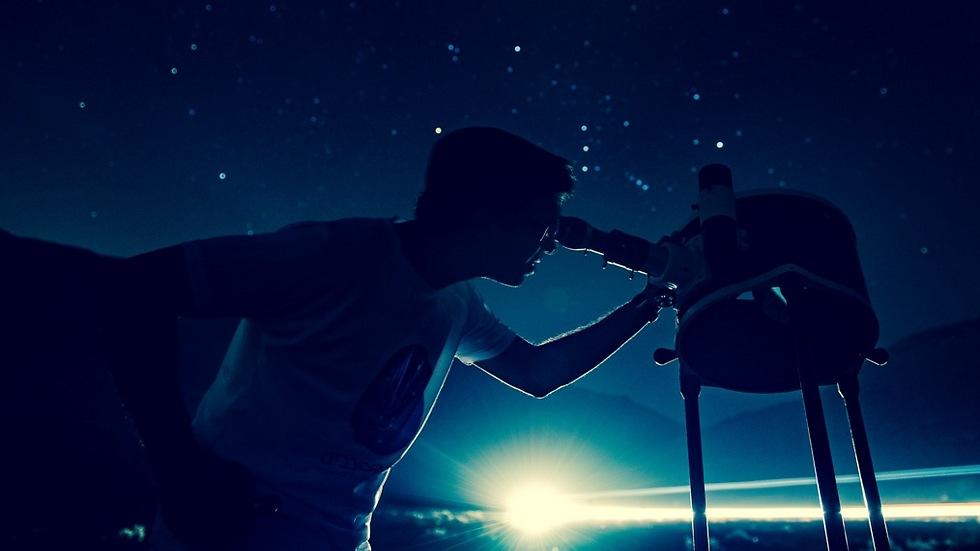שירת הכוכבים בירוחם (שירת הכוכבים - חווית אסטרונומיה. צילום: מרדכי גורדון)