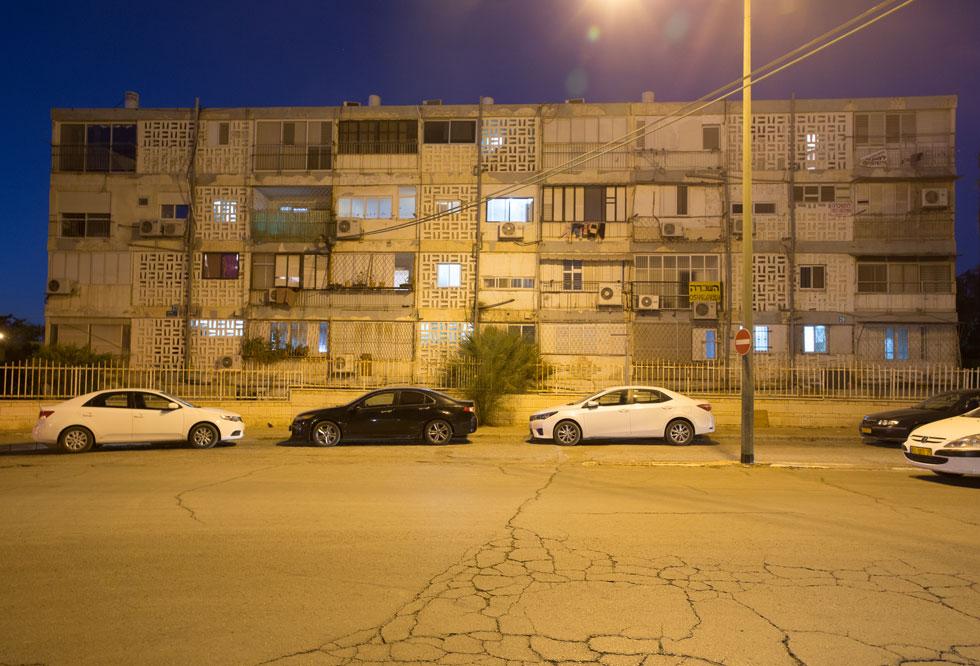 שימור המבנה ייעשה במסגרת תוכנית מתאר מקיפה לשיפור השכונה הענייה והמוזנחת. הבלוקים הארוכים שמאפיינים אותה ייהרסו, בחלקם, לטובת רבי-קומות, והעירייה שואפת להביא לכאן אוכלוסיות חזקות יותר (צילום: דור נבו)