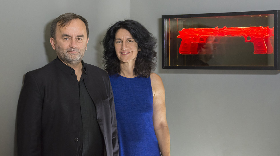 Patrick Desbois and Mira Maylor with her piece 'Desert Eagle' (Photo: Mira Maylor)